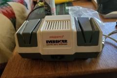 ($5) Electric Knife Sharpener